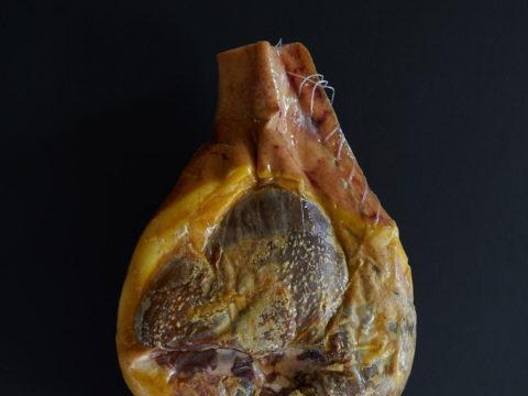 Jambon-entier Porc Noir de Bigorre