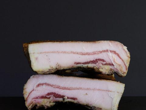 Poitrine fumée Porc Noir de Bigorre